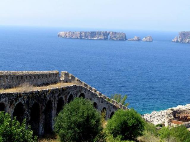 , New Navarino fortress, www.suitesartemis.gr