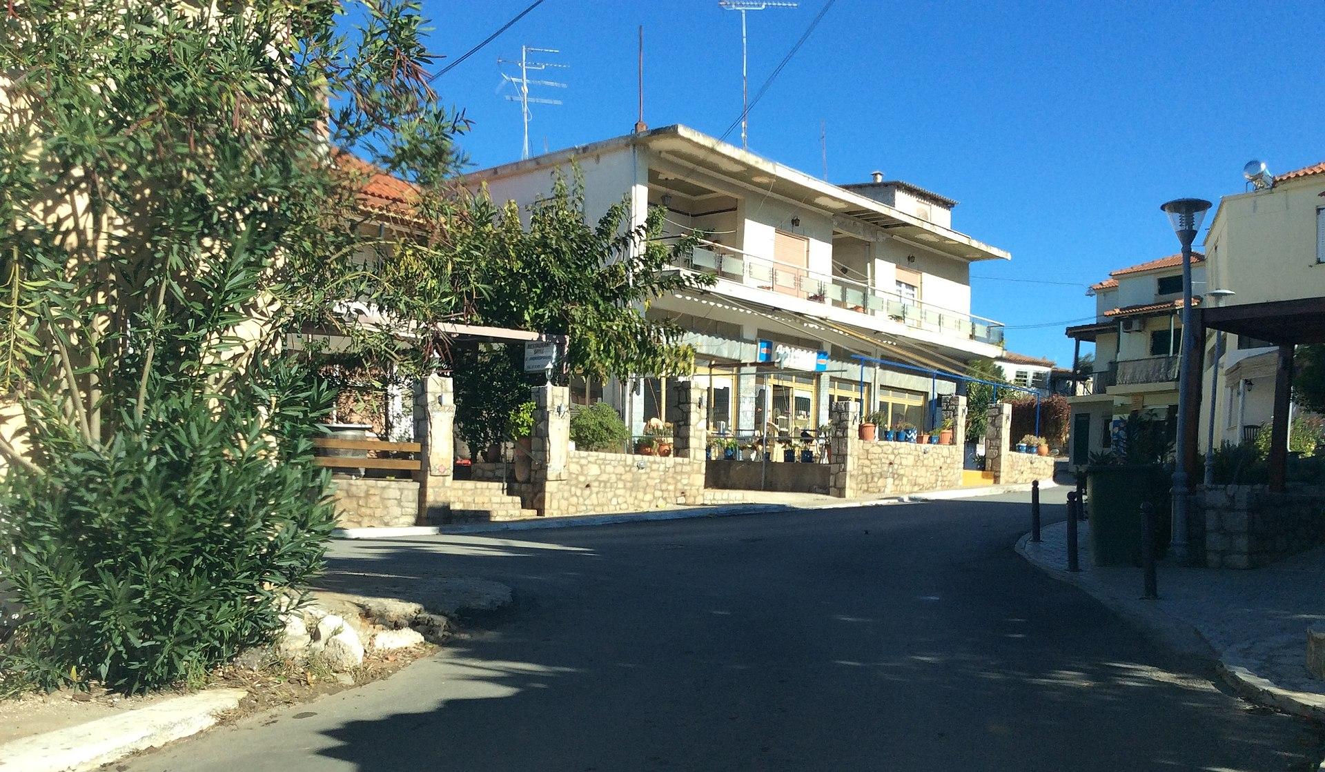 , Romanos village, www.suitesartemis.gr